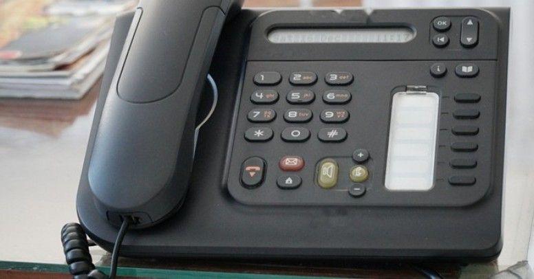 Jak podłączyć przewody telefoniczne