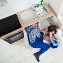 naprawianie błędów wykończeniowych w kuchni