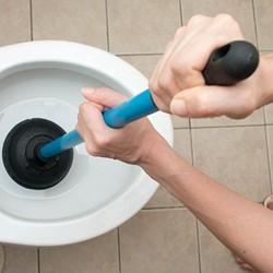 odtykanie toalety