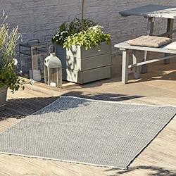 dywan na balkon
