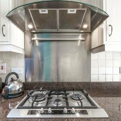 Pochłaniacz zapachów nad kuchenką