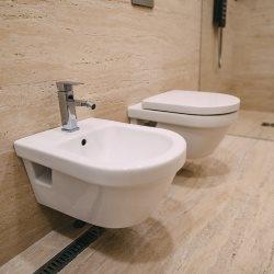 Bidet w małaej łazience, gdzie go ulokować