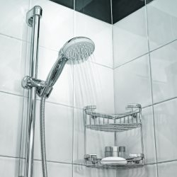 Kolumna prysznicowa w kabinie
