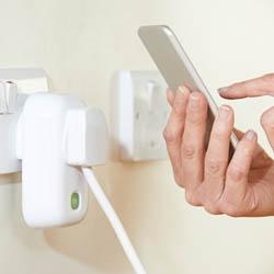 Włączanie i wyłączanie urządzeń