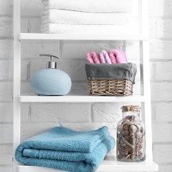 szafka w łazience