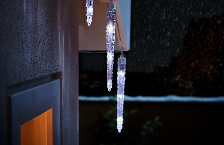 Lampki zewnętrzne sople płynące 20 LED białe
