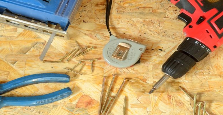 jak zrobić podłogę z płyt osb