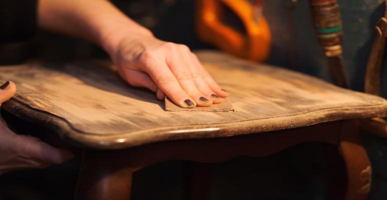 jak przygotować meble kuchenne do malowania