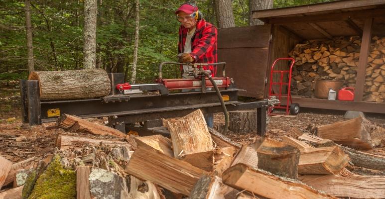 jaka łupiarka do drewna