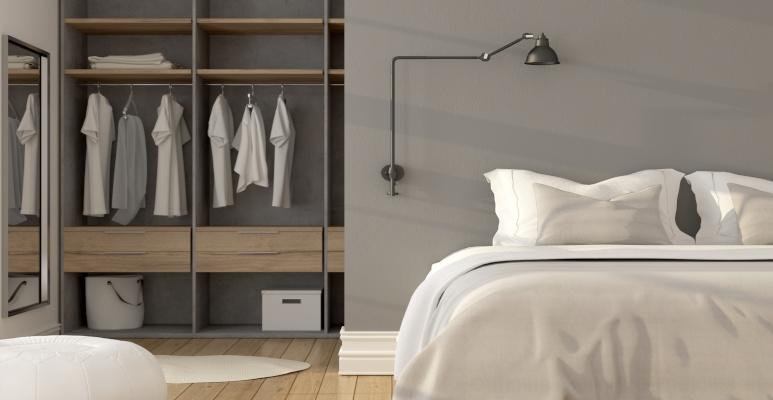 garderoba za łóżkiem