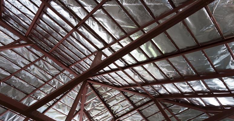 folia paroizolacyjna aluminiowa