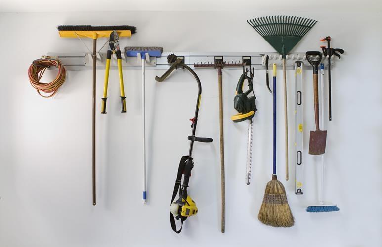 jak wyposażyć garaż