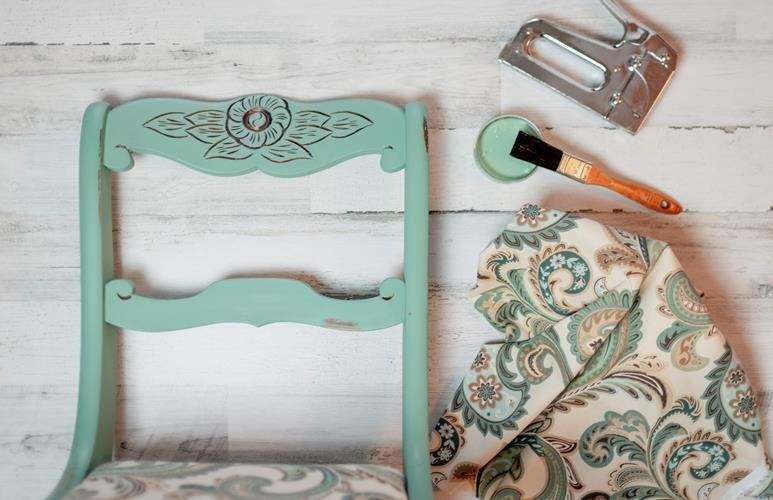 farba kredowa malowanie mebli zastosowanie