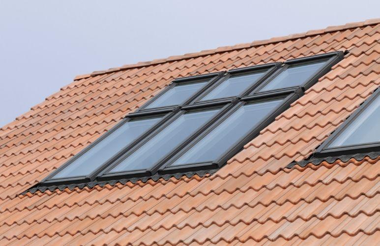 czym może być pokryty dach
