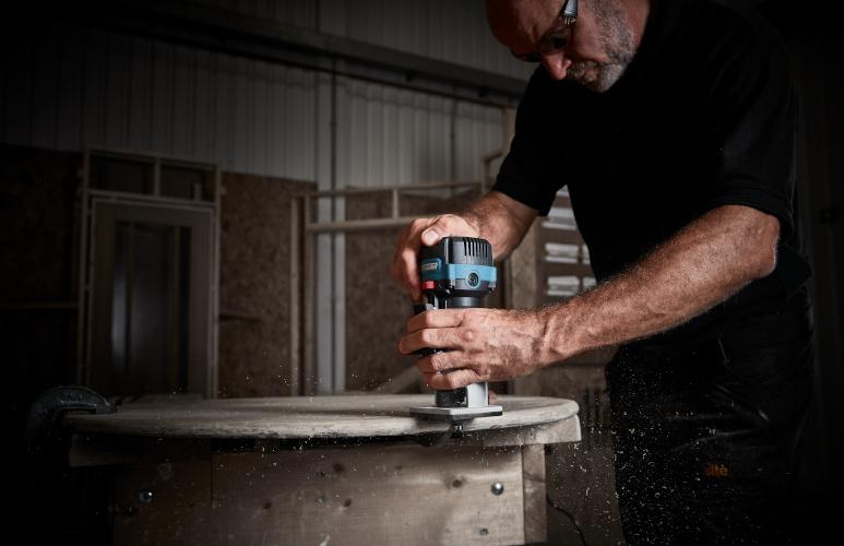 frezarka do drewna jak używać