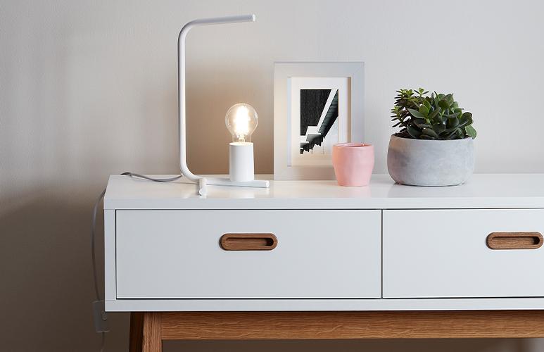 Lampa stołowa GoodHome Darrah 1-punktowa E27 biała
