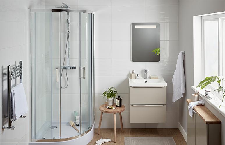 Kabina prysznicowa półokrągła GoodHome Beloya 90 x 90 x 195 cm chrom/transparentna