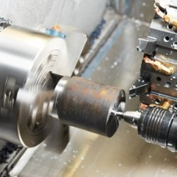 frezowanie części metalowych