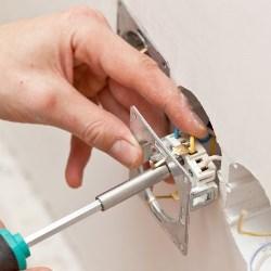 normy dotyczące bezpieczeństwa elektrycznego