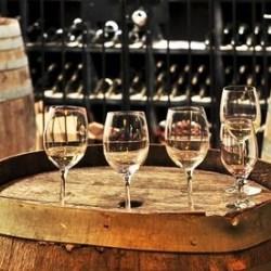 wino w beczkach