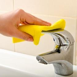 jak czyścić baterię umywalkową