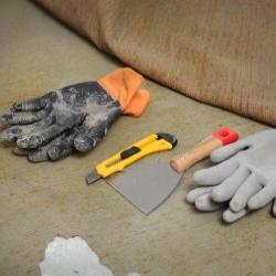 narzędzia do usuwania starej wykładziny