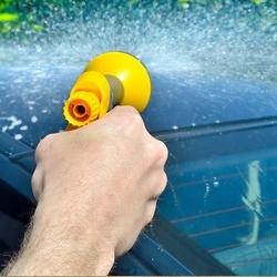 mycie samochodu, splukiwanie