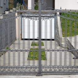 nowoczesna brama ogrodzeniowa