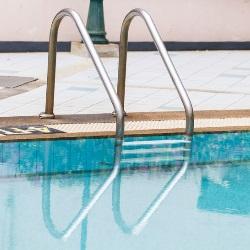 panele słoneczne ogrzewanie basenu