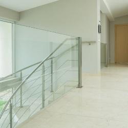 szklae schody