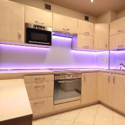 oświetlenie pod szafkami kuchennymi
