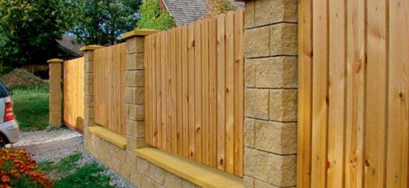 Odnawianie i konserwacja drewnianego ogrodzenia