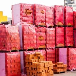 przechowywanie cegły