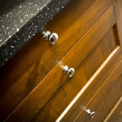 okrągłe uchwyty do szafek kuchennych