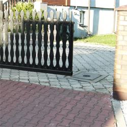 Brama wjazdowa rozwierna