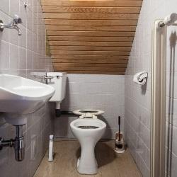 Aranżacja łazienki Pod Schodami O Czym Warto Pamiętać