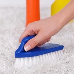 szczotkowanie dywanu