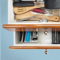 szuflady na akcesoria kuchenne