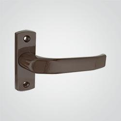 Klamko-klamka na tarczy dzielonej na wkładkę brązowa