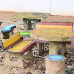 ławeczka ogrodowa