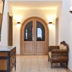łuk drzwiowy