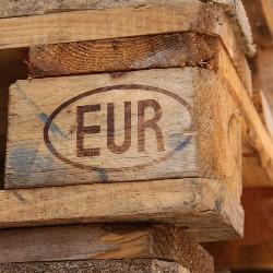 rama z europalety