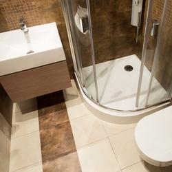 przestrzeń w małej łazience