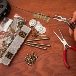 wyrabianie biżuterii