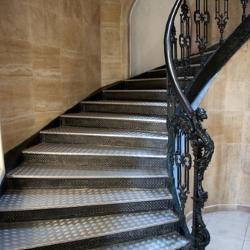 ozdobna poręcz schodów