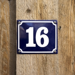 numerowanie drzwi