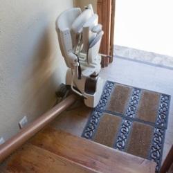 montaż windy dla seniora i niepełnosprawnego w domu