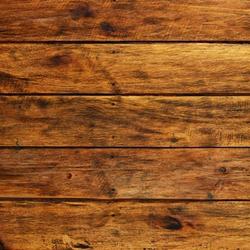 surowe drewno