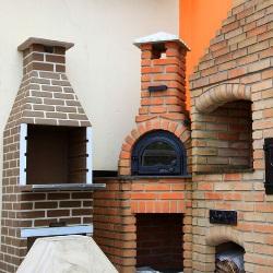 grill z cegły