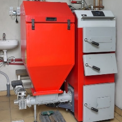 piec na biomasę